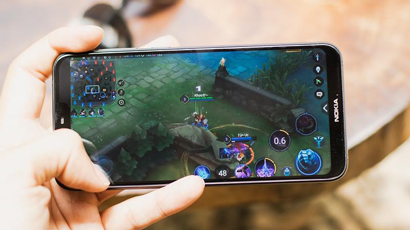 Chơi game trên điện thoại Nokia 6.1 Plus (Nokia X6 2018)