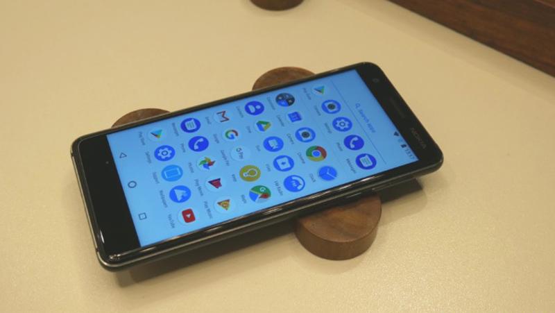 Giao diện Android trên điện thoại Nokia 3.1