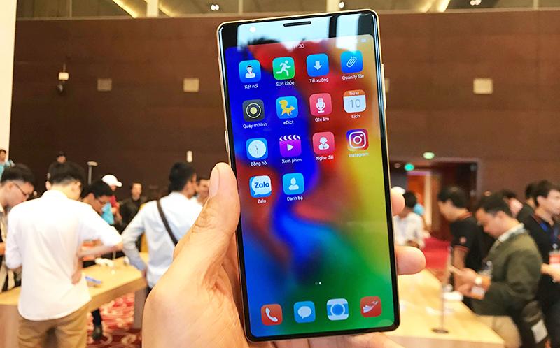 Màn hình của điện thoại Bphone 3