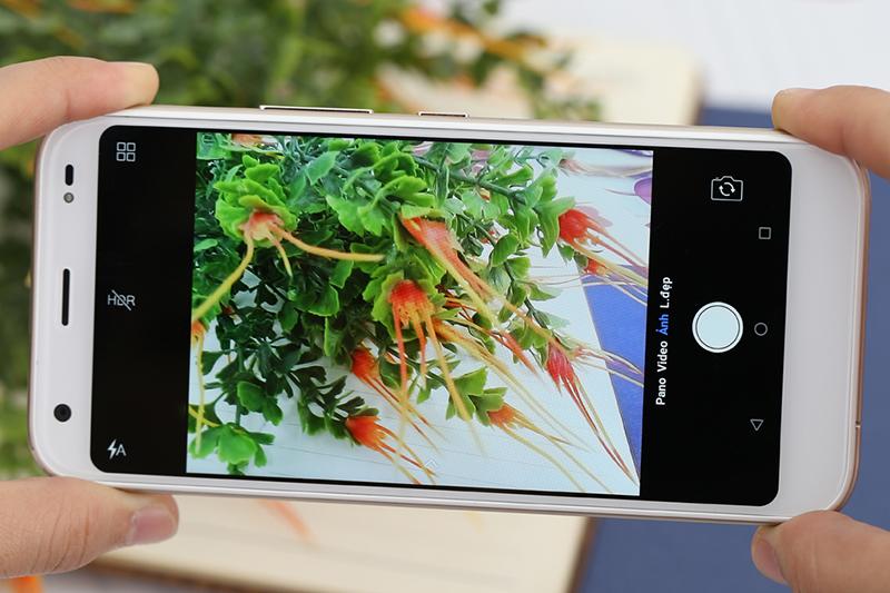 Camera điện thoại Mobiistar E1