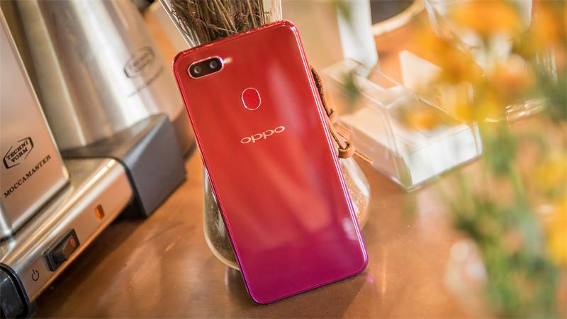 Thiết kế điện thoại OPPO F9 6GB