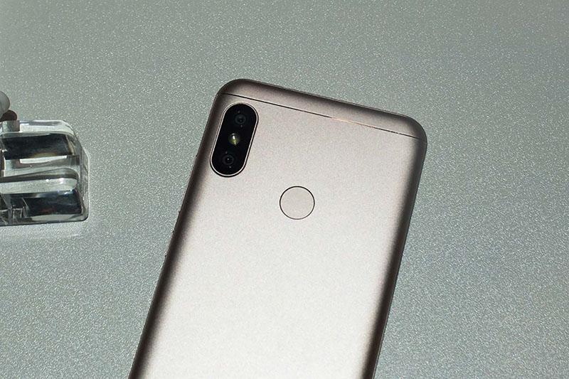 Thời lượng pin Xiaomi Mi A2 Lite