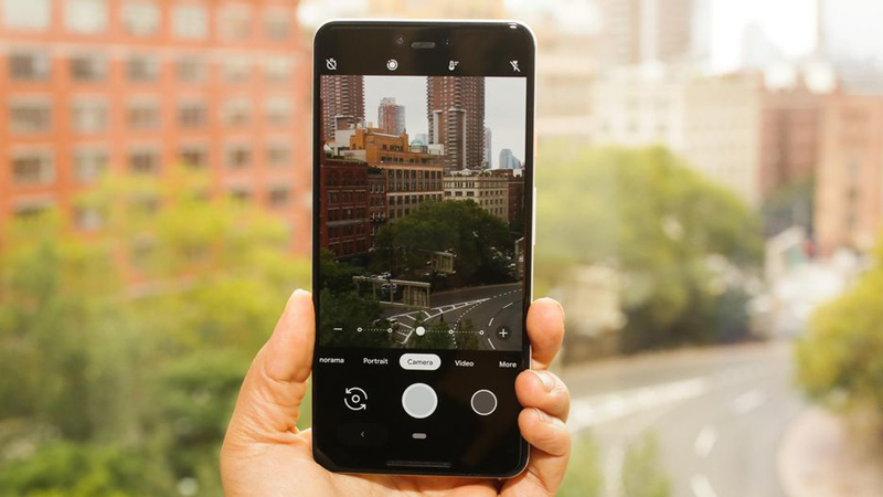 Giao diện camera trên Google Pixel 3 XL