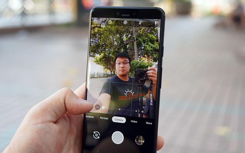 Giao diện camera trước trên Google Pixel 3 XL