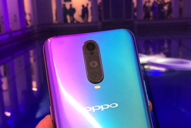 Cụm camera sau của điện thoại OPPO R17 Pro