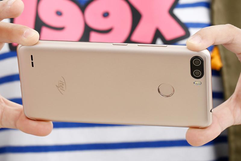 Thiết kế điện thoại Itel P32