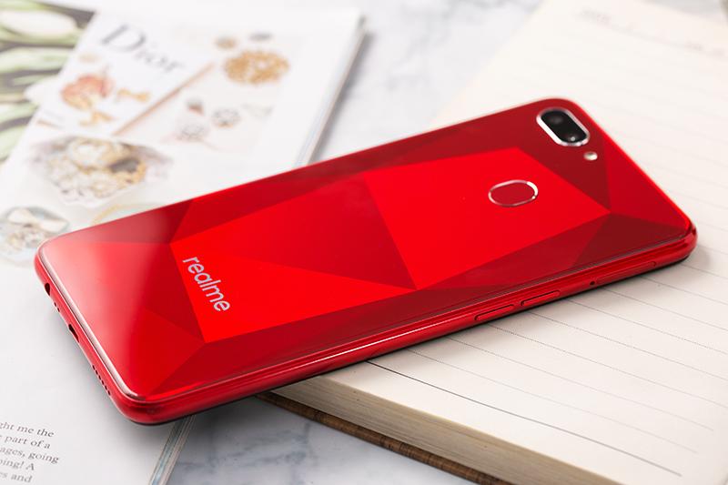 Camera kép mặt sau điện thoại Realme 2