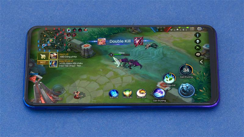 Chơi game trên điện thoại Vivo V11i