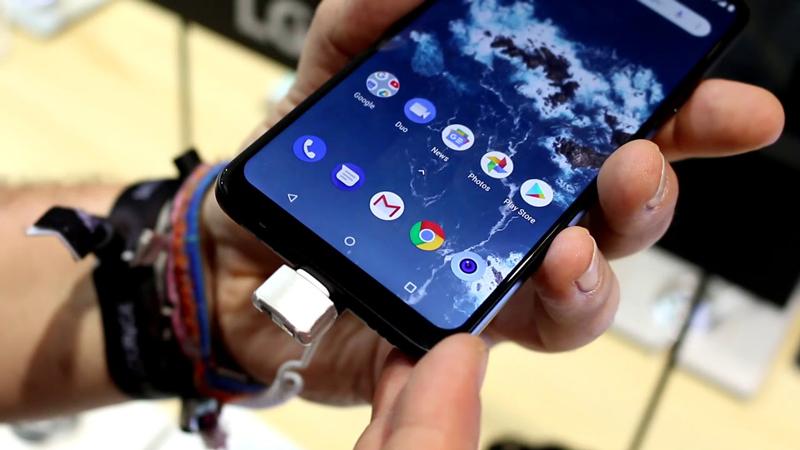 Giao diện Android One trên điện thoại LG G7 One