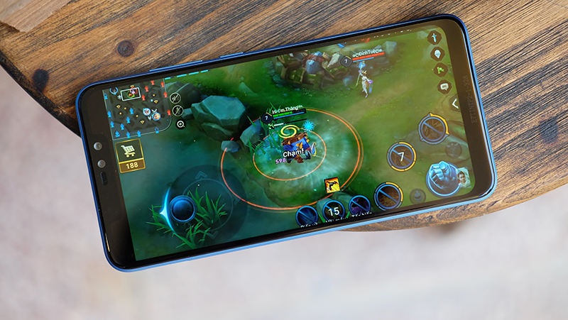 Chơi game trên điện thoại Xiaomi Redmi Note 6 Pro