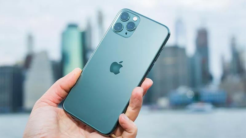 Điện thoại iPhone 11 Pro   Thiết kế mặt lưng kính cao cấp