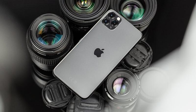 Điện thoại iPhone 11 Pro 64GB | Thiết kế mặt lưng kính mờ không bám mồ hôi, vân tay