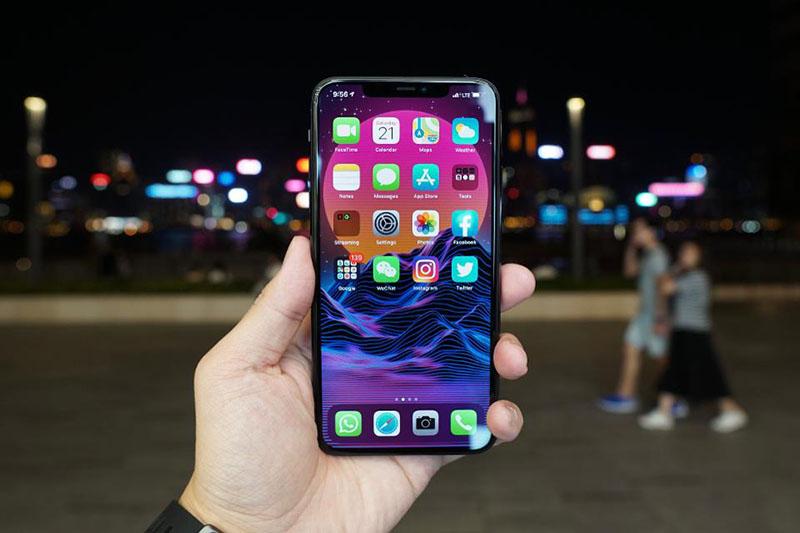 Điện thoại iPhone 11 Pro 64GB | Thiết kế màn hình Super Retina XDR