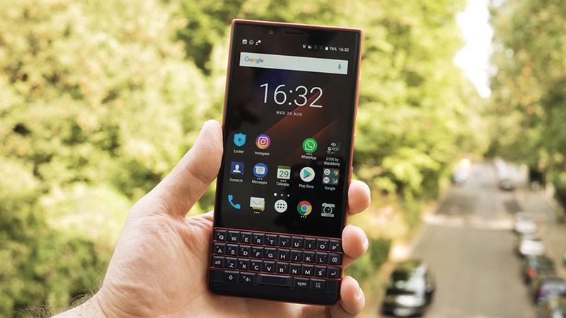 Bàn phím vật lý của điện thoại BlackBerry KEY2 LE
