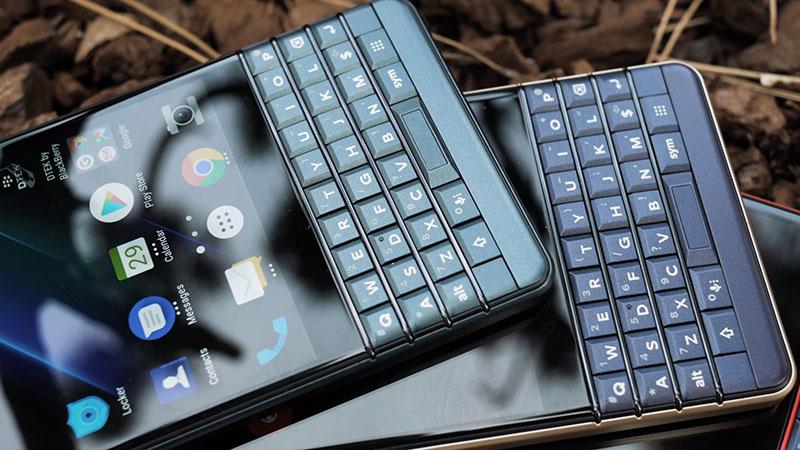 Cảm biến vân tay trên điện thoại BlackBerry KEY2 LE