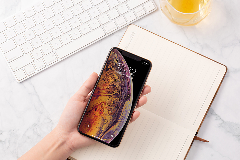 Mở khoá điện thoại iPhone Xs Max chính hãng