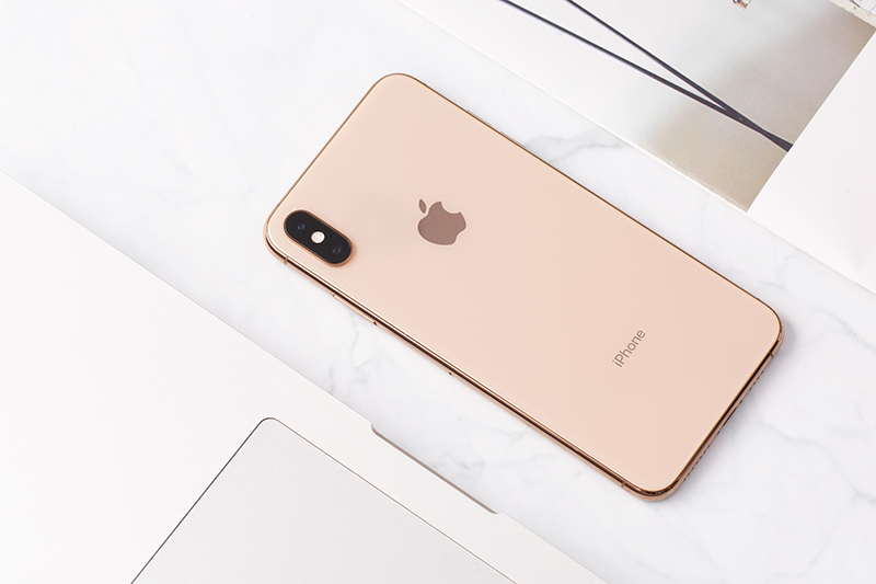 iphone xs max gold 1 Iphone xs Max 64Gb giá sốc tại Tabletplaza.vn
