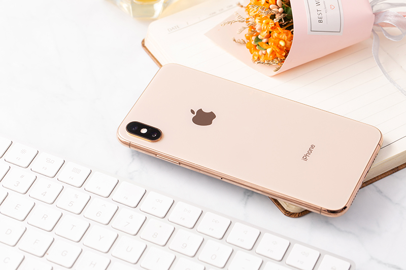 iphone xs max gold 2 Iphone xs Max 64Gb giá sốc tại Tabletplaza.vn