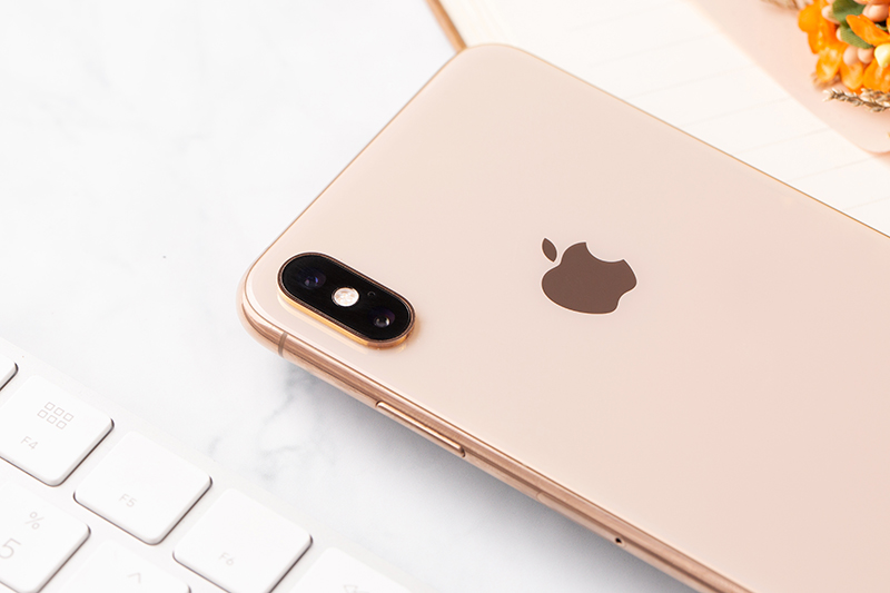 iphone xs max gold 3 Iphone xs Max 64Gb giá sốc tại Tabletplaza.vn