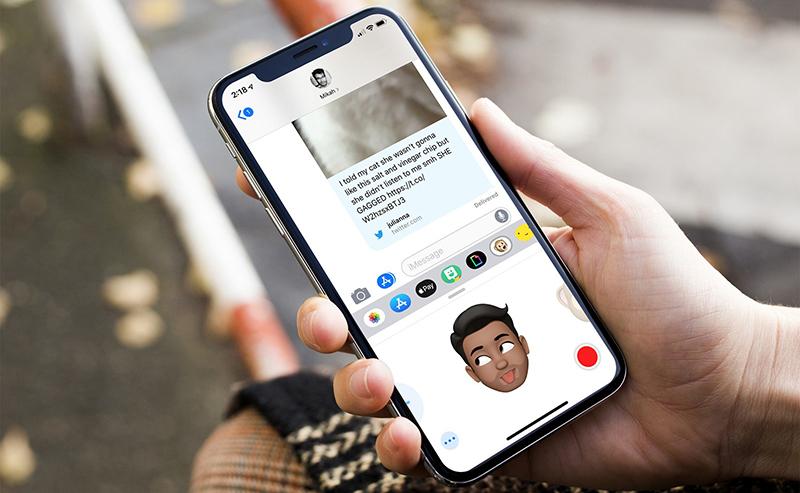 AR Sticker trên điện thoại iPhone Xs chính hãng