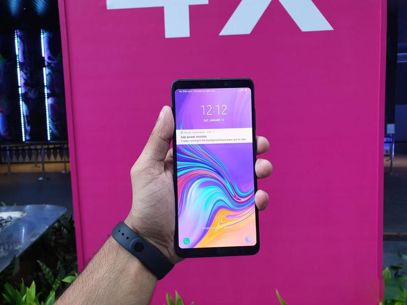 Phone - ទូរស័ព្ទ Samsung Galaxy A9 (2018) - មុខងារផ្ដាច់មុខ