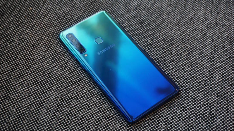 Phone - ទូរស័ព្ទ Samsung Galaxy A9 (2018) - កាមេរ៉ាបួន