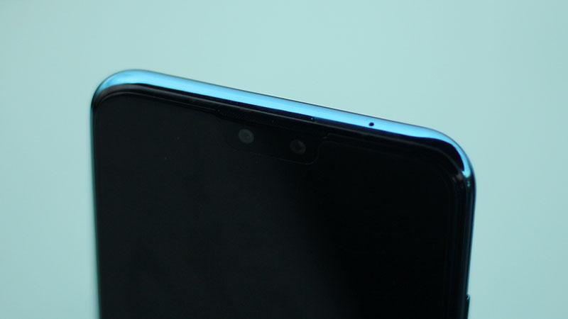 Các góc cạnh của điện thoại Huawei Y9 2019