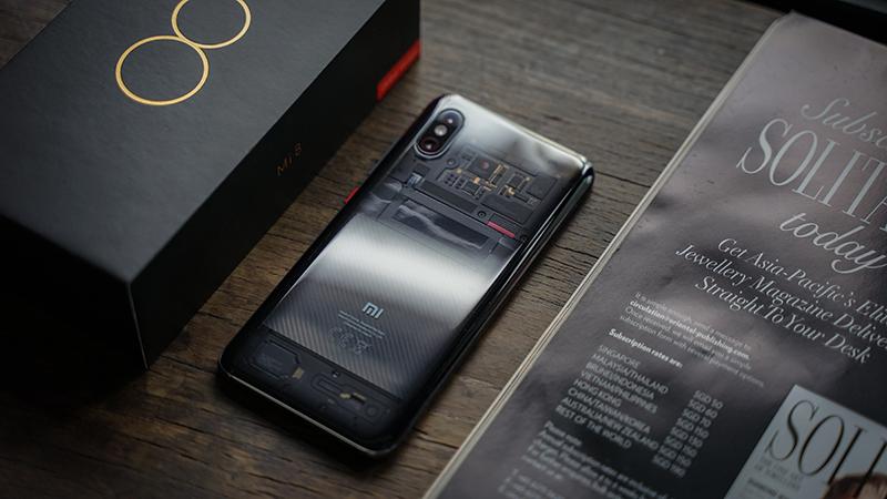 Thiết kế điện thoại Xiaomi Mi 8 Pro chính hãng