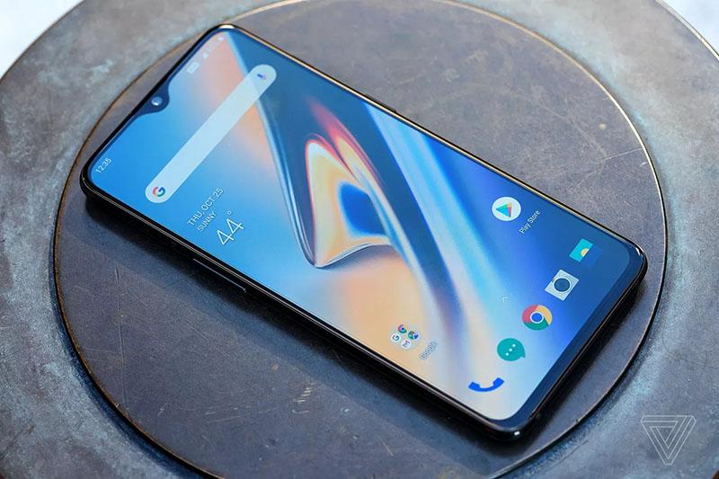 Thiết kế của điện thoại OnePlus 6T chính hãng