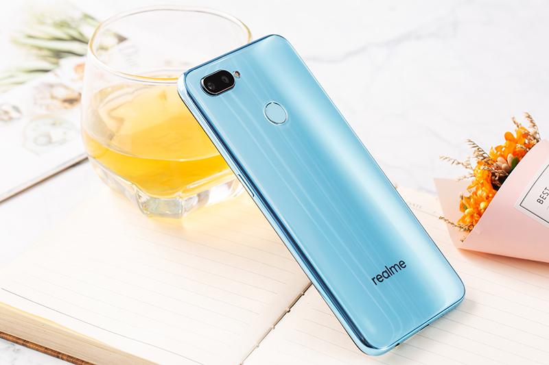 Đánh giá điện thoại Realme 2 Pro