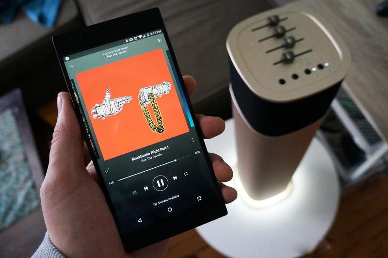 Hệ thống âm thanh trên Razer Phone 2