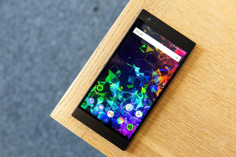 Chất lượng hiển thị trên Razer Phone 2