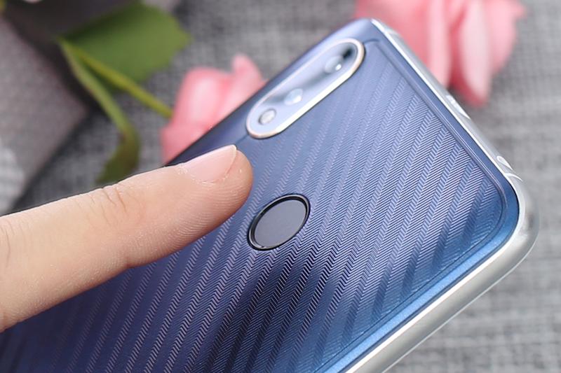 Cảm biến vân tay trên điện thoại Coolpad Mega 5 chính hãng