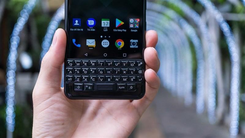 Bàn phím vật lý của điện thoại của điện thoại BlackBerry KEYone 3GB/32GB chính hãng