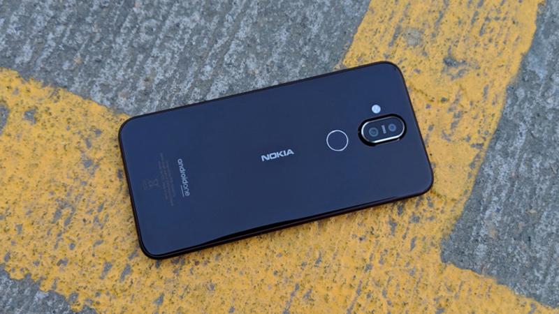 Thiết kế điện thoại Nokia 8.1 chính hãng