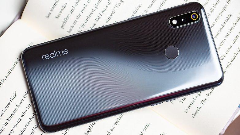 Cấu hình của điện thoại Realme 3 Pro chính hãng