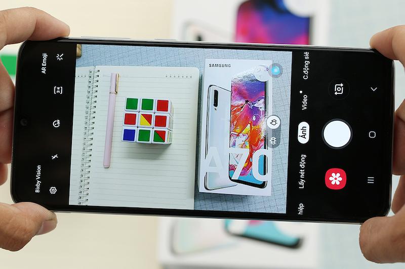 Samsung Galaxy A70 | Giao diện camera
