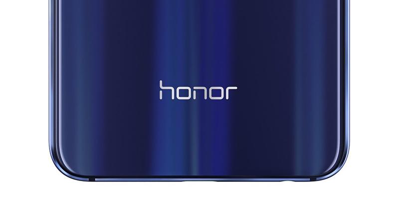 Cổng sạc bên dưới Honor View 20