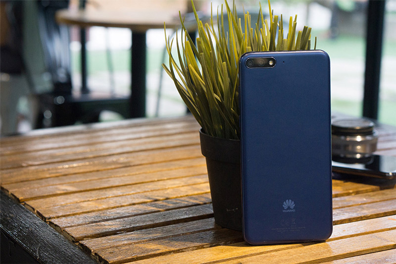 Phone - ទូរស័ព្ទ Huawei A7 (Y7 Pro 2019) - អេក្រង់