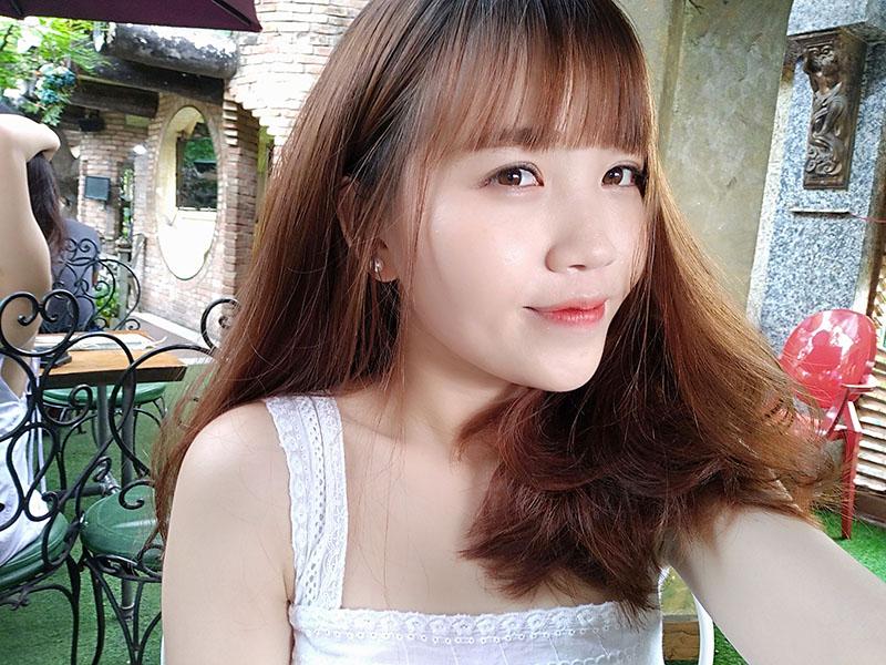 Ảnh selfie trên Huawei Y7 Pro 2019 chính hãng