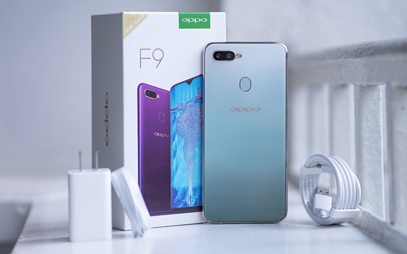 Phone - ទូរស័ព្ទ OPPO F9 Jade Green - សាក VOOC