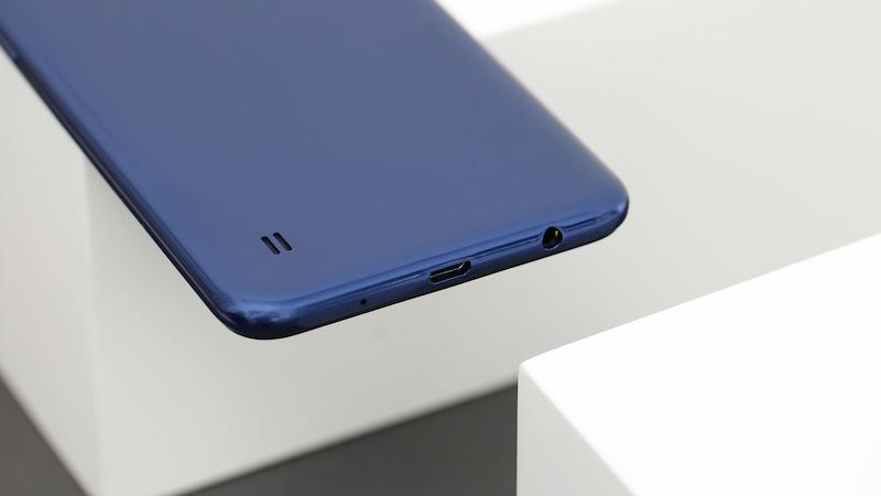 Phần loa dưới điện thoại Samsung Galaxy A10
