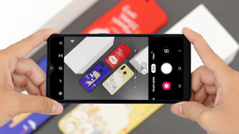 Giao diện chụp ảnh - Điện thoại Samsung Galaxy A10
