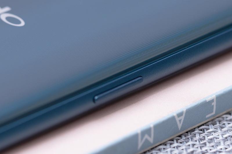 Phần khung OPPO A7 32GB chính hãng