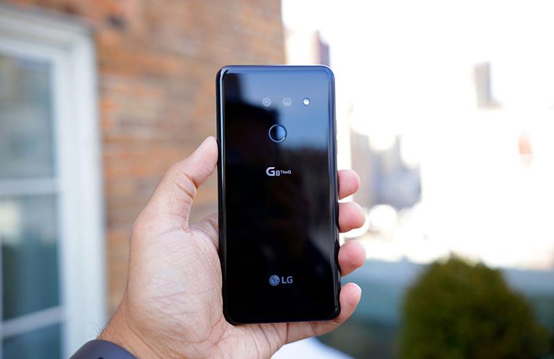 Thiết kế của điện thoại LG G8 ThinQ chính hãng
