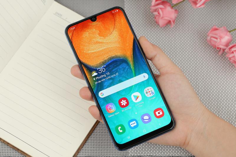 Điện thoại Samsung Galaxy A30 chính hãng | Màn hình