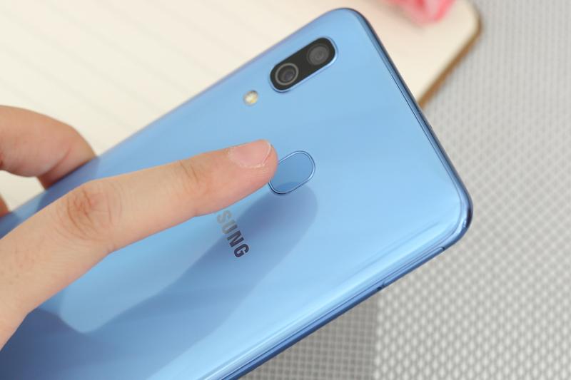 Điện thoại Samsung Galaxy A30 chính hãng | Cảm biến vân tay