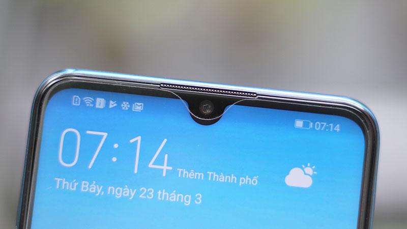 Camera trước selfie của điện thoại Huawei P30 Lite chính hãng
