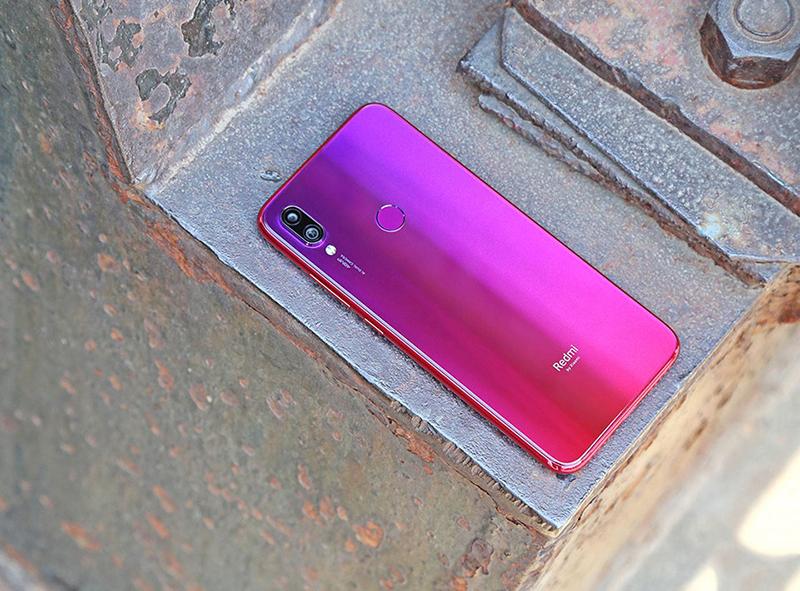 Camera sau của điện thoại Xiaomi Redmi Note 7 Pro chính hãng