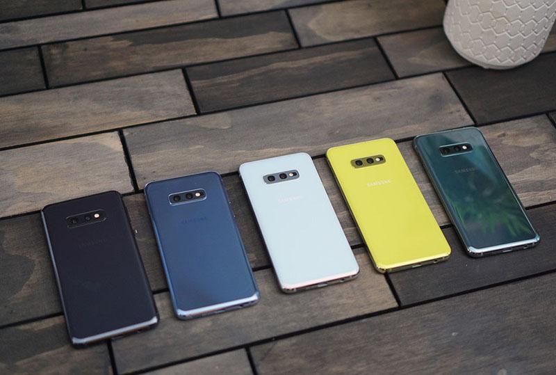 Thiết kế của điện thoại Samsung Galaxy S10e chính hãng